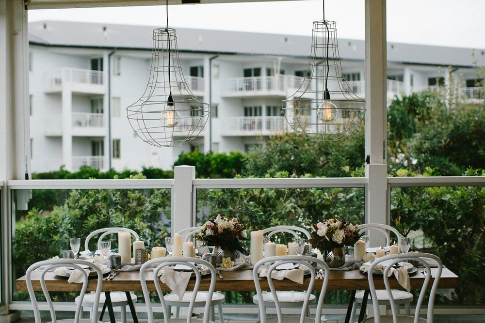 Wild escape styled shoot salt village weddings for Beach wedding venues east coast
