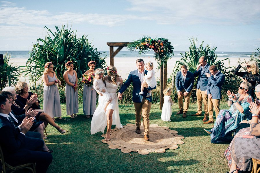 Hannah jack babalou weddings events real wedding for Beach wedding venues east coast